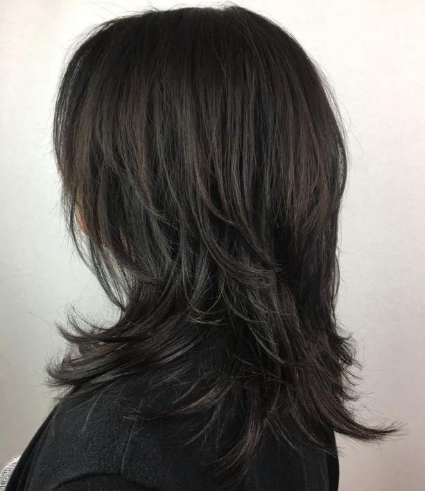 Многослойные лохматые волосы