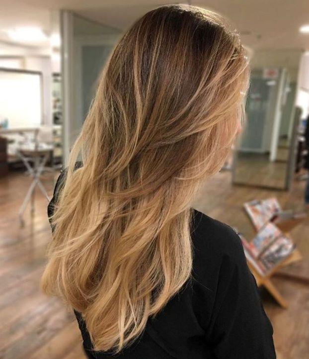 длинные многослойные волосы омбре