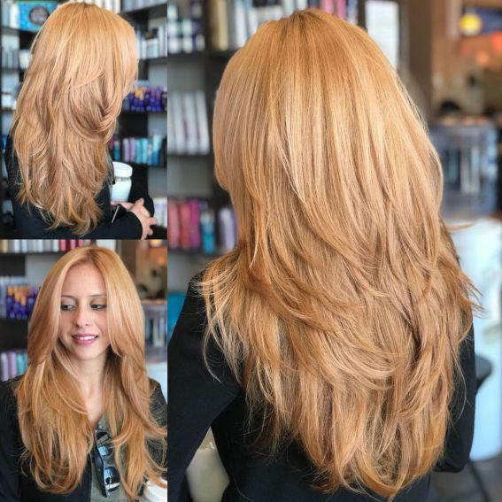 Длинная пернатая клубничная блондинка