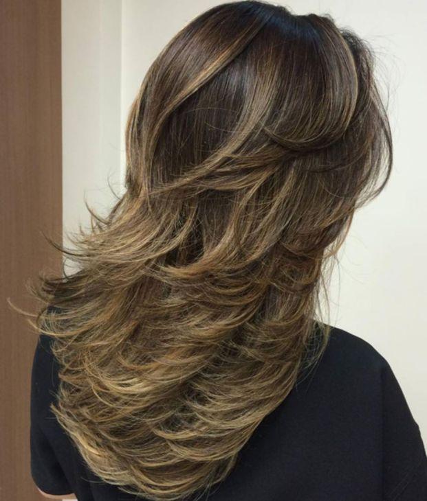 Продуманные ветром слои для длинных волос