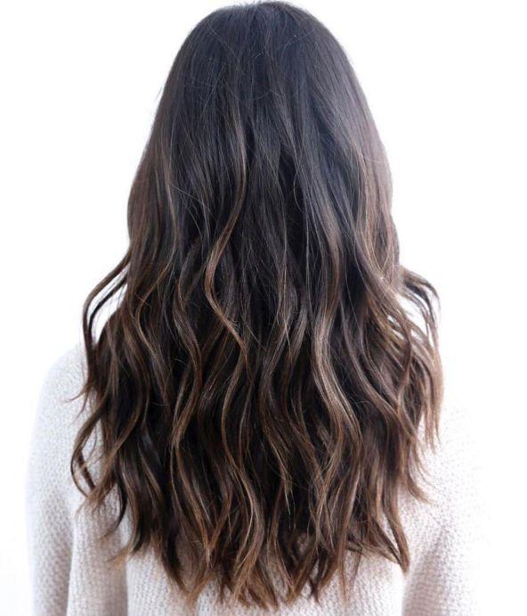 длинные волосы с тонкими слоями