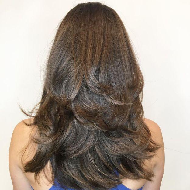 От средних до длинных волос с короткими прядями